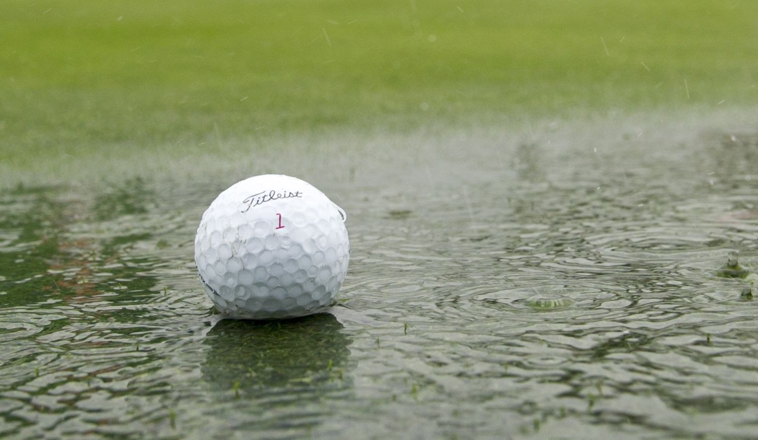 an in-depth review of the best golf rain gear of 2018.