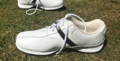 an in-depth review of the best etonic golf shoes of 2018.