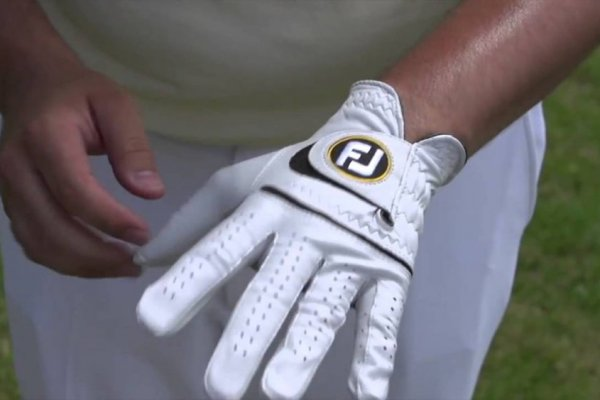 an in-depth review of the best FootJoy gloves of 2018.