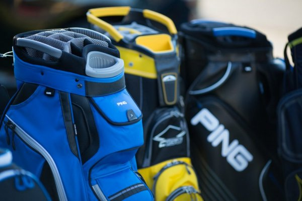 an in-depth review of the best golf-cart bags