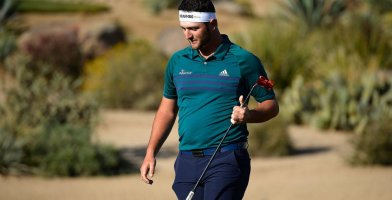 an in-depth review of the best golf sweatbands of 2018.