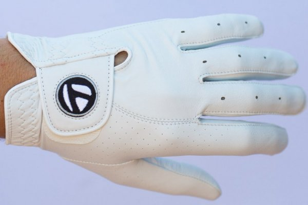 an in-depth review of the best TaylorMade gloves of 2018.