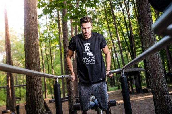 an in-depth review of the best workout pants of 2018.