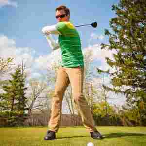 golf-driving-tips-golfing-form
