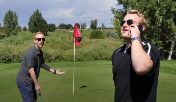 an in-depth guide offering tips on how to be proper and follow golf etiquette on the course.