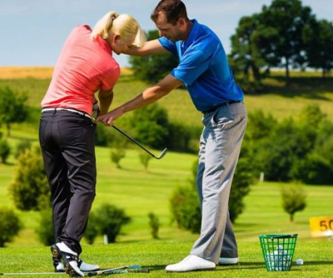 an in-depth guide of best golf tips for beginners.